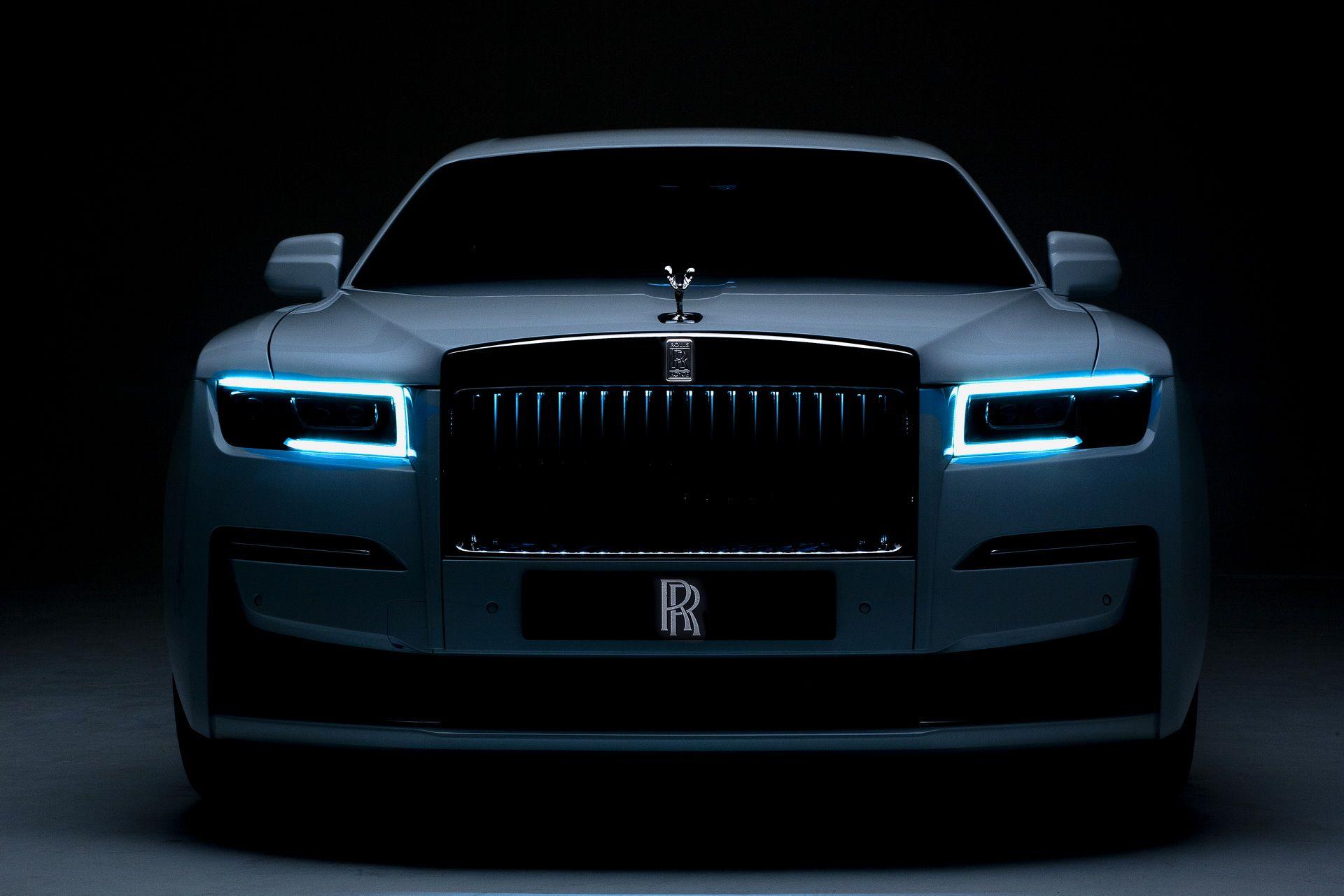 Yeni Rolls-Royce Ghost tanıtıldı.
