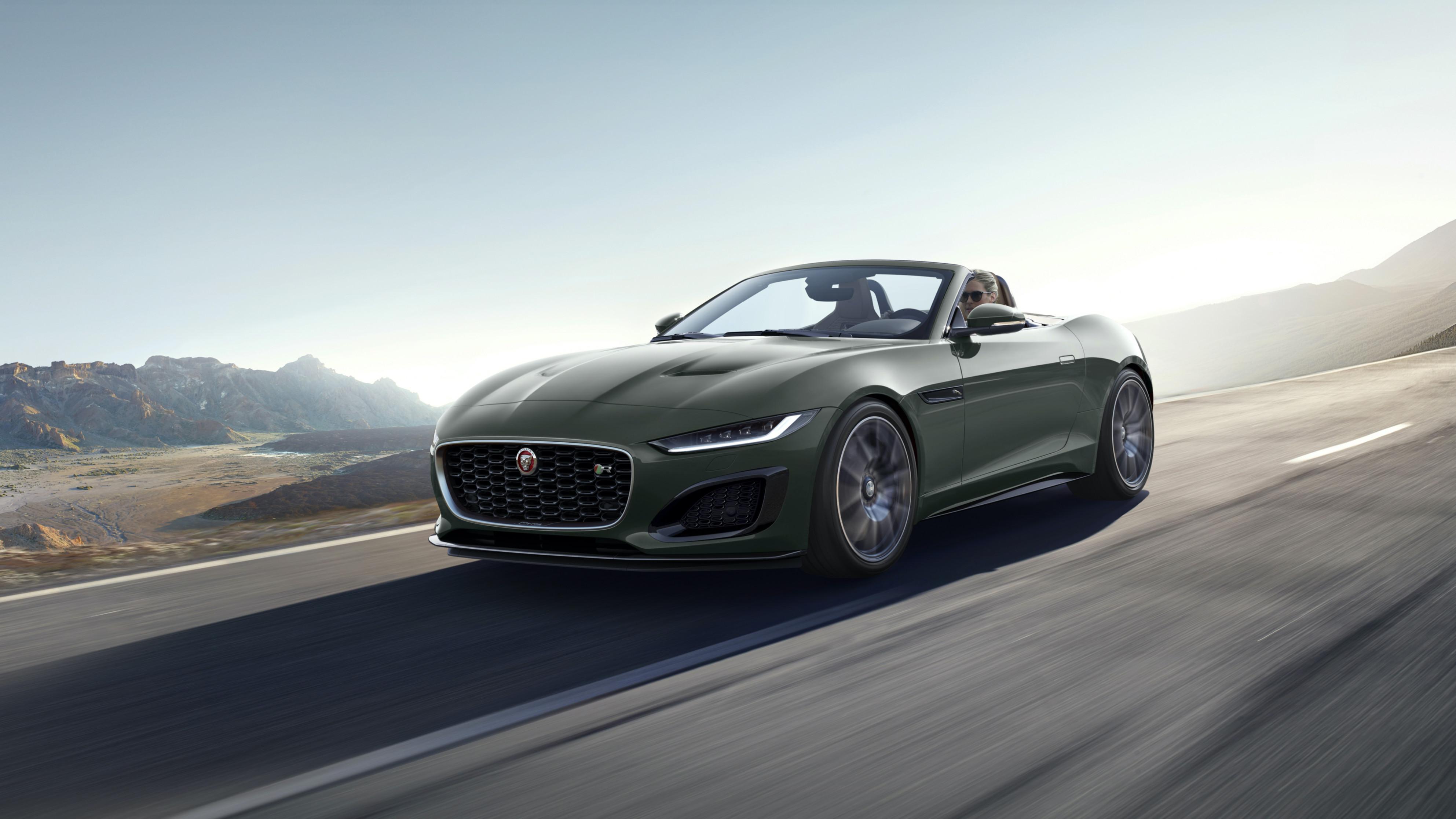 Jaguar, E-TYPE'ın 60'ıncı Yılını özel F-Type ile Kutluyor