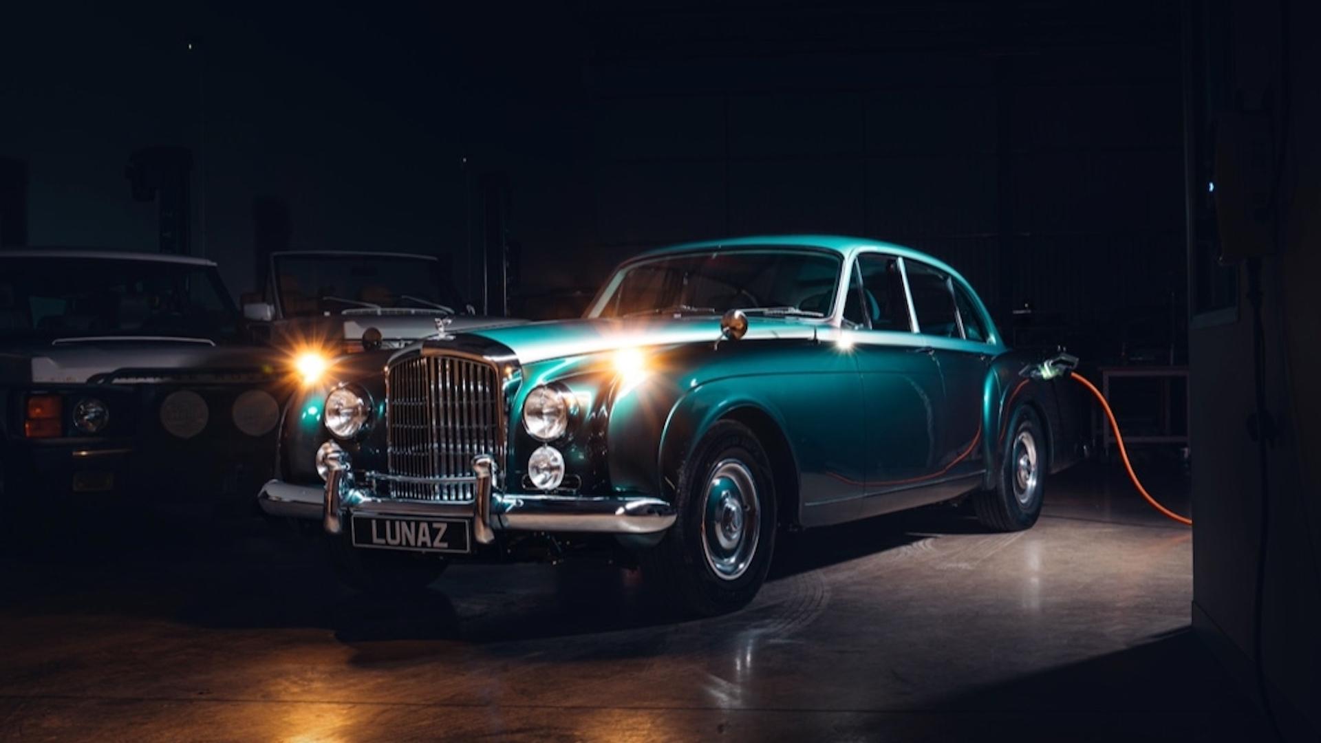 Lunaz bu kez Bentley Continental dönüşümüyle karşımızda