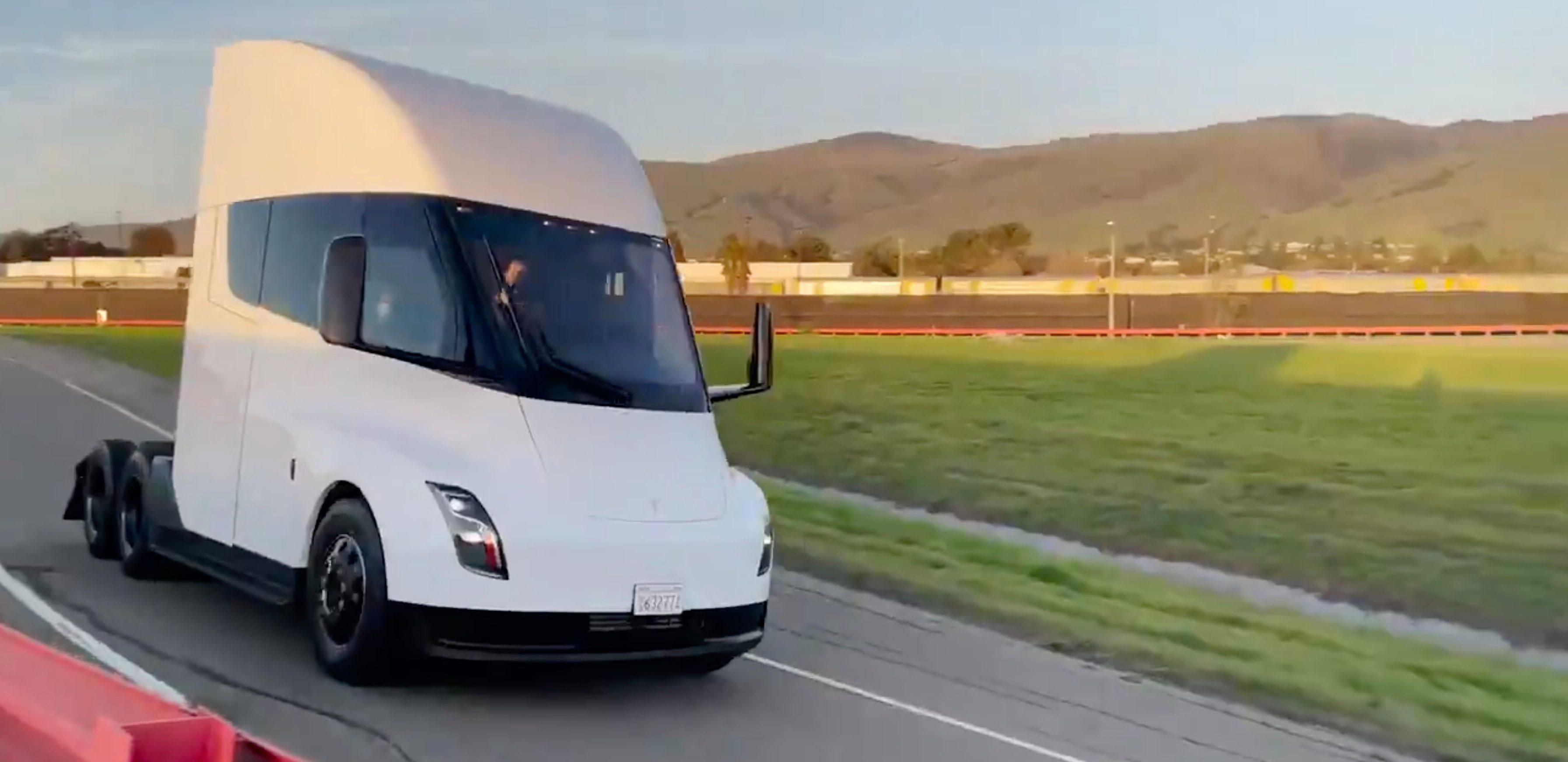 Tesla Tırının testlerinde yeni aşamaya geçti