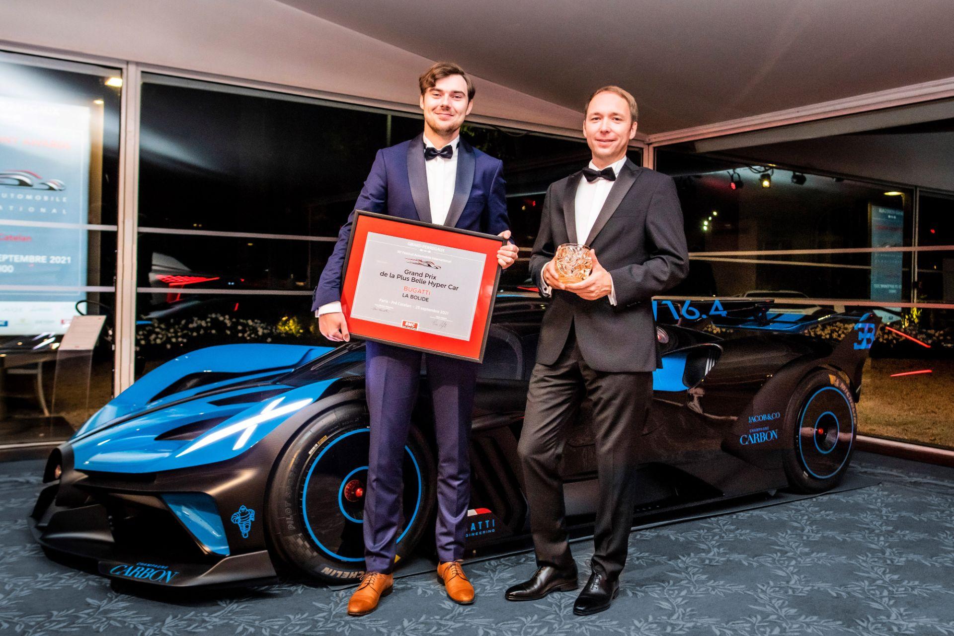 Bugatti Bolide 2021'in en güzel hiper otomobili seçildi